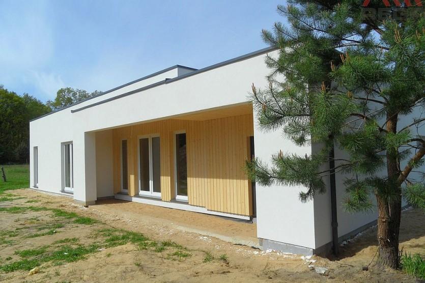 Ungewöhnliches Haus in Krzywice